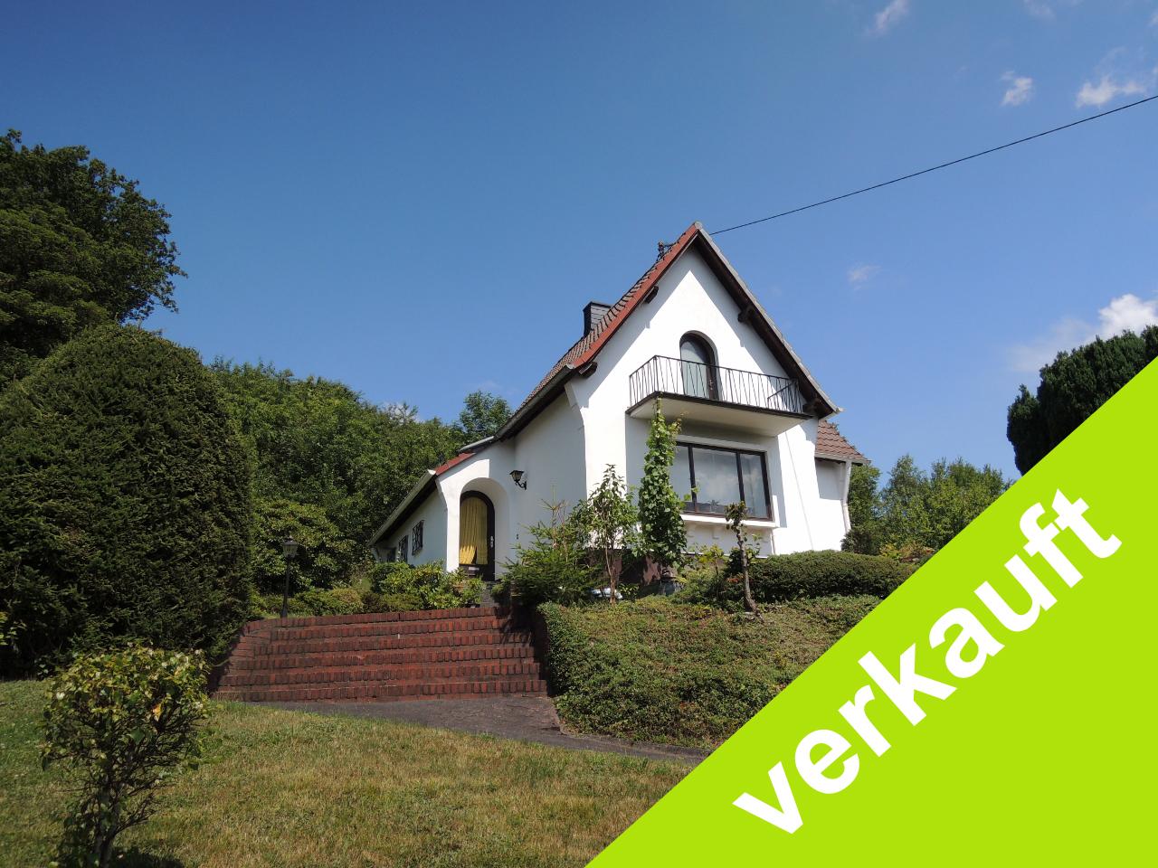 Ein kleines Haus mit Charme und sensationellem Weitblick über ...